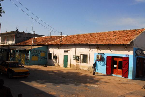 Villa 7 pi ces 437 m vendre kaolack kaolack dans for Boutique hotel quartier du port