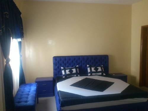 appartement 3 pi ces 100 m mermoz dakar charmant appartement tr s spacieux enti rement. Black Bedroom Furniture Sets. Home Design Ideas