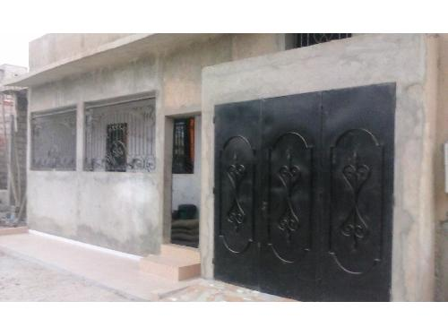 Villa 4 pi ces 150 m vendre thiaroye azur dakar for Acheter une petite maison dans le var