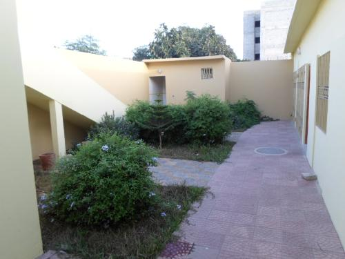 Villa 4 pi u00e8ces 300 m u00b2 u00e0 louer Sicap (Dakar) villa