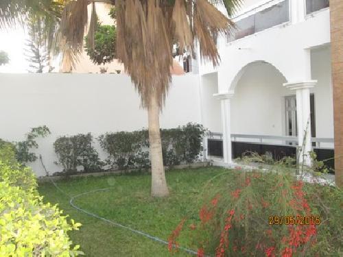 Villa 5 pi ces 700 m louer almadies dakar une for Le jardin almadies
