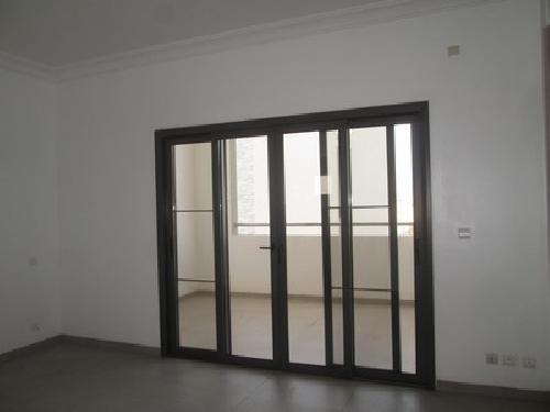 Appartement 5 pi ces 300 m louer point e dakar un for Louer une maison ou un appartement