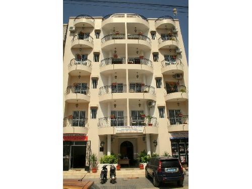 Appartement 20 pi ces 300 m mariste dakar la residence zeina vous prop - Climatisation appartement prix ...